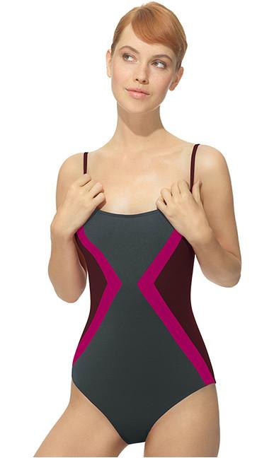 2083b14383 Femina | Conseils de pro: choisir le bon maillot selon sa morpho